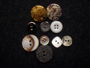 button-info3
